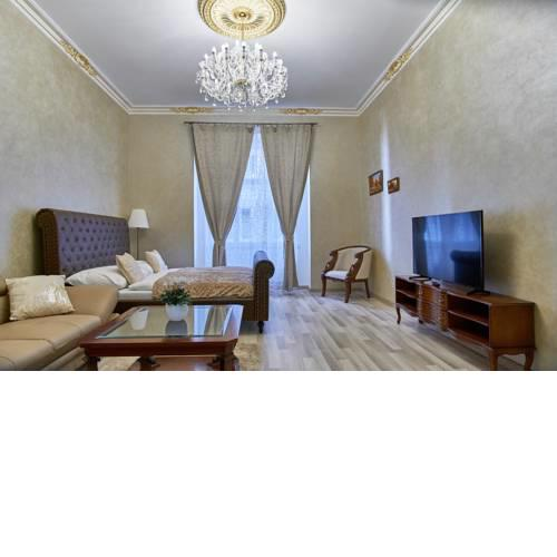Old Town Presidential Royal Apartment